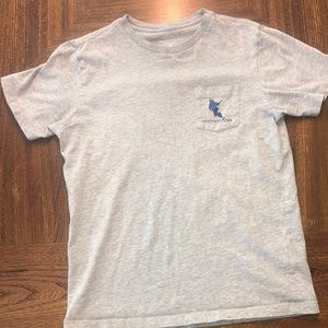 Boys vineyard vines shirt sleeve t-shirt